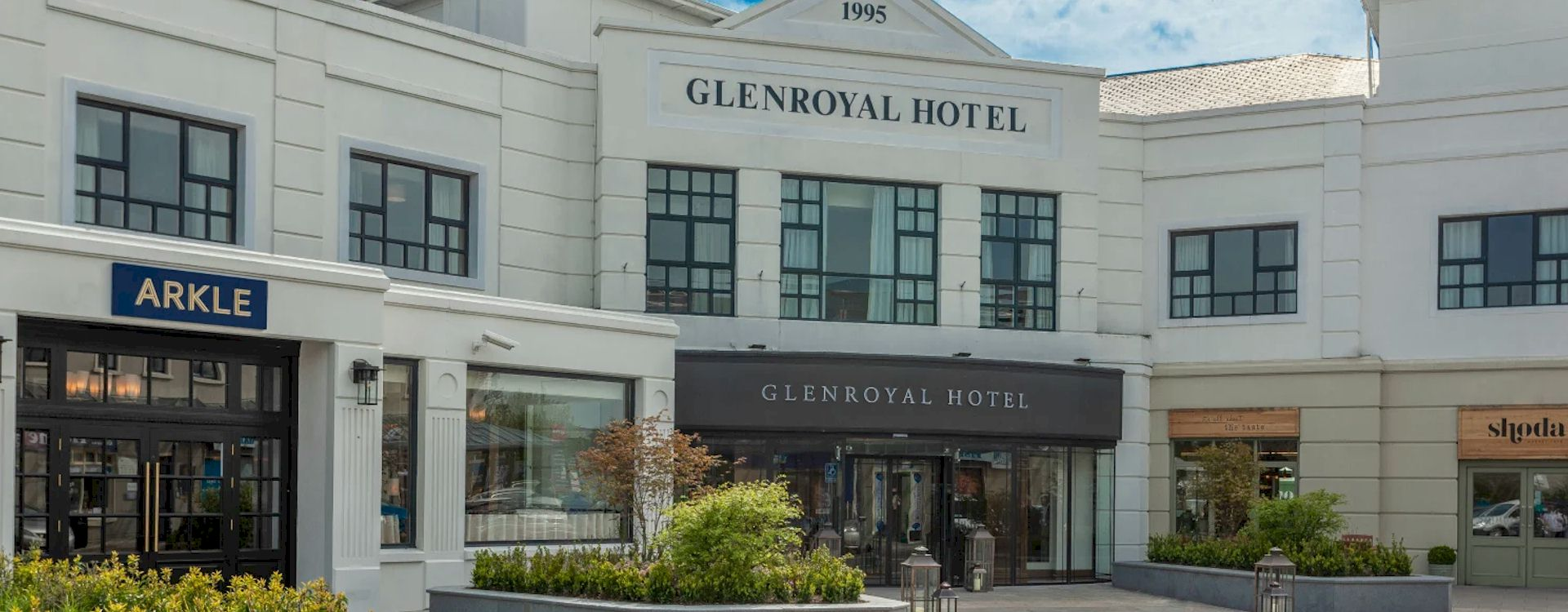 Punchestown Festival 2022 at The Glenroyal Hotel with Race & Stay