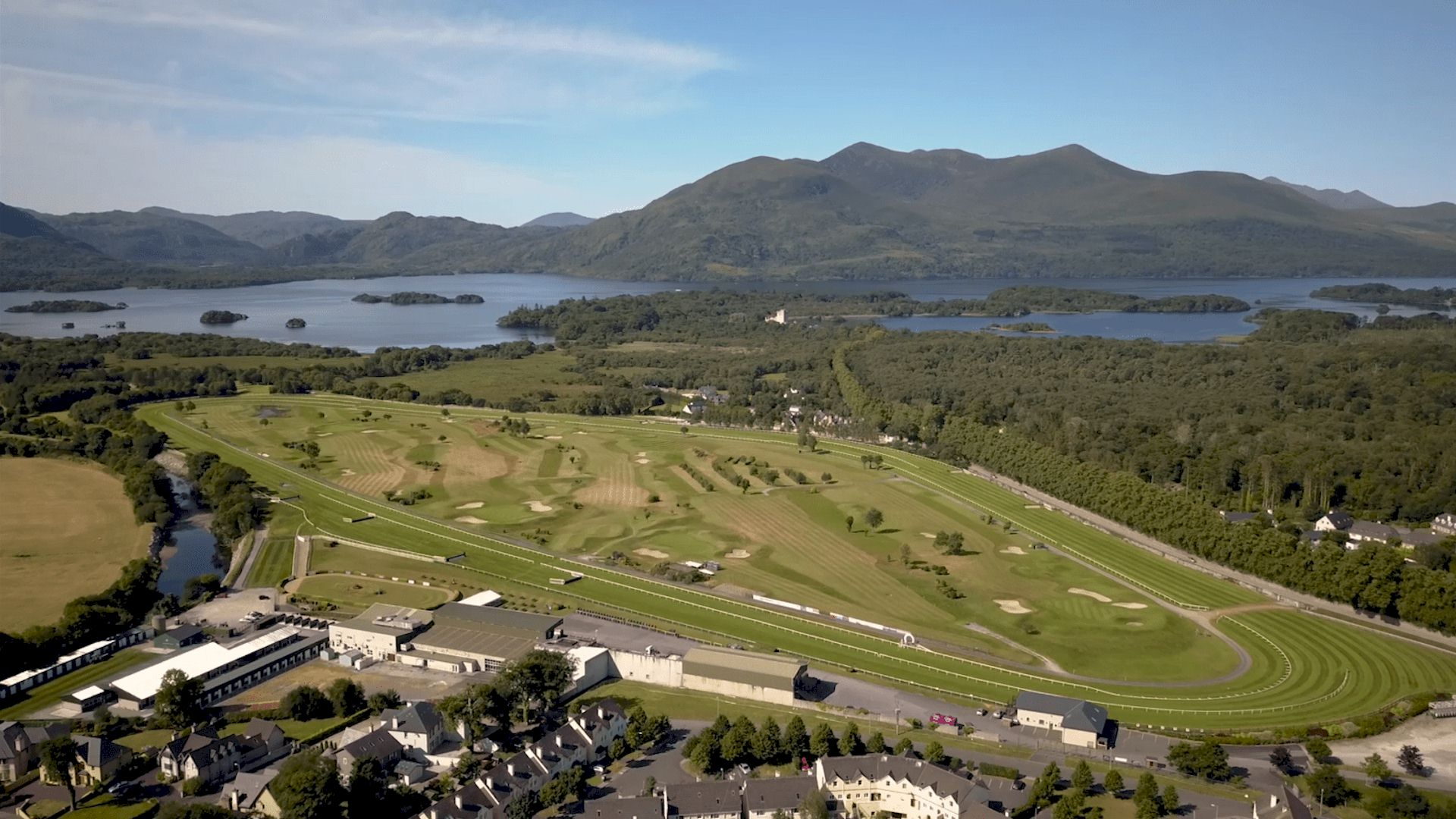 Killarney Race and Stay Horse Racing Packages and Racing Breaks in Ireland