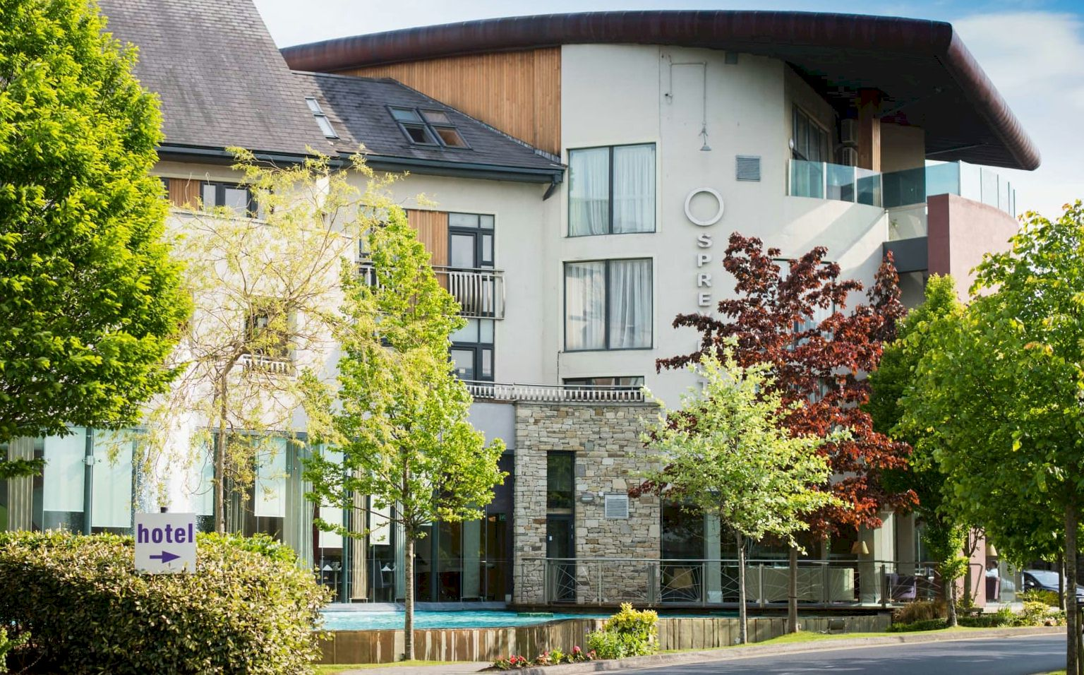 The 4* Osprey Hotel, Naas